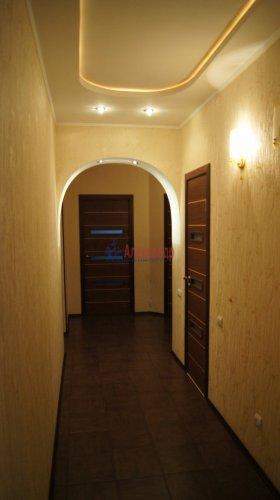 3-комнатная квартира (100м2) на продажу по адресу Науки пр., 17— фото 10 из 10