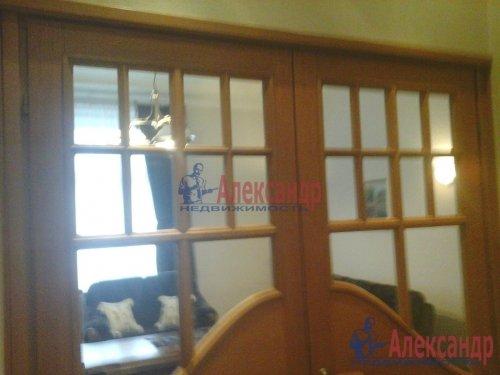 2-комнатная квартира (93м2) на продажу по адресу Боткинская ул., 1— фото 13 из 33