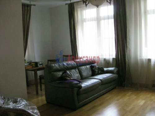 3-комнатная квартира (98м2) на продажу по адресу Павловск г., Слуцкая ул., 14— фото 17 из 24