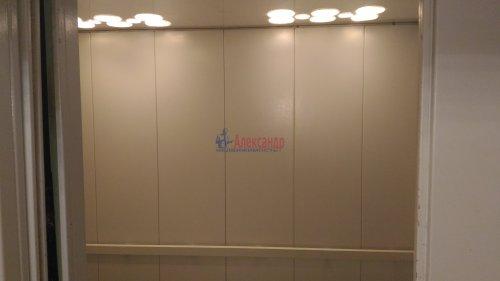 1-комнатная квартира (32м2) на продажу по адресу Мурино пос., Оборонная ул., 2— фото 11 из 12