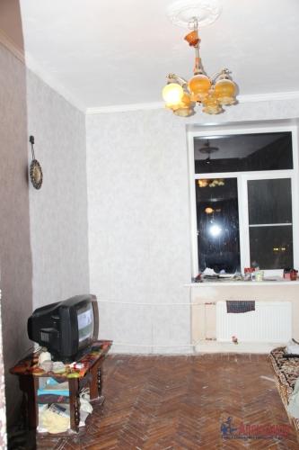 4-комнатная квартира (93м2) на продажу по адресу Полярников ул., 5— фото 10 из 16