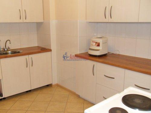 Комната в 1-комнатной квартире (137м2) на продажу по адресу Брестский бул., 9— фото 1 из 7
