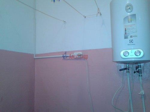 2-комнатная квартира (43м2) на продажу по адресу Кузнечное пгт., Молодежная ул., 8— фото 6 из 10