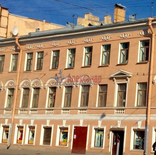 3-комнатная квартира (80м2) на продажу по адресу Суворовский пр., 5— фото 9 из 9
