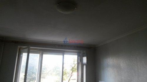 Комната в 3-комнатной квартире (55м2) на продажу по адресу Петергоф г., Ропшинское шос., 4— фото 3 из 6