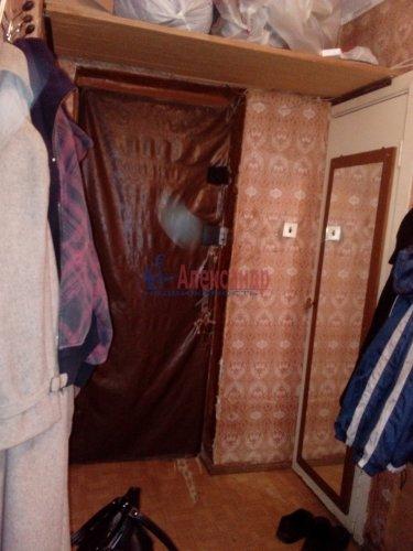 Комната в 3-комнатной квартире (64м2) на продажу по адресу Кузнечное пгт., Гагарина ул., 3— фото 7 из 9