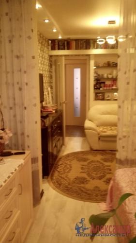 2-комнатная квартира (52м2) на продажу по адресу Коммунар г., Пионерская ул., 7— фото 2 из 8