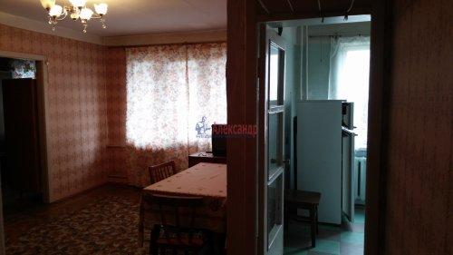 2-комнатная квартира (46м2) на продажу по адресу Саперное пос., Школьная ул., 14— фото 2 из 8