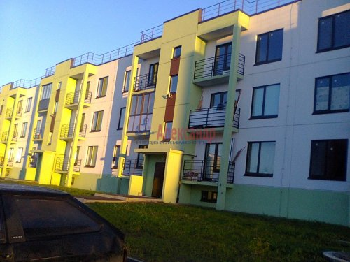 1-комнатная квартира (38м2) на продажу по адресу Вартемяги дер., Ветеранов ул., 13— фото 2 из 4