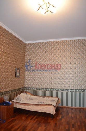 1-комнатная квартира (64м2) на продажу по адресу Короленко ул., 8— фото 2 из 8