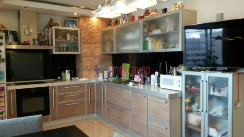 2-комнатная квартира (74м2) на продажу по адресу Ленинский пр., 151— фото 2 из 6