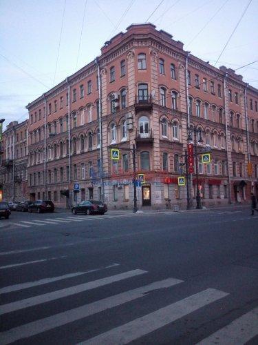 2-комнатная квартира (100м2) на продажу по адресу Саперный пер., 17— фото 2 из 3