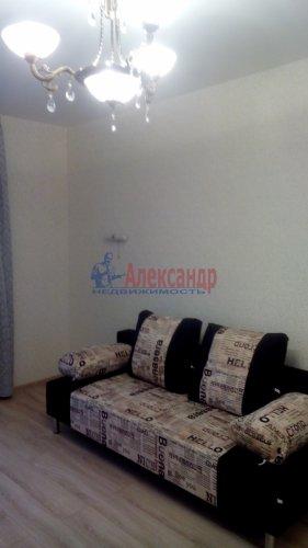 1-комнатная квартира (40м2) на продажу по адресу Обуховской Обороны пр., 110— фото 1 из 6
