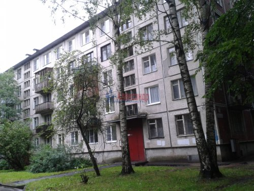 2-комнатная квартира (45м2) на продажу по адресу Карпинского ул., 36— фото 1 из 6