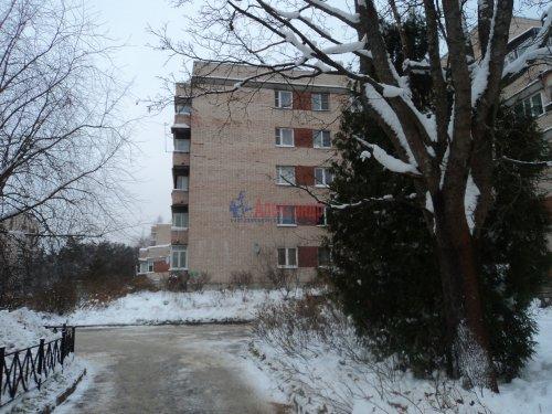 2-комнатная квартира (50м2) на продажу по адресу Зеленогорск г., Привокзальная ул., 7— фото 1 из 11