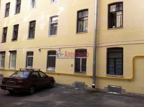 Комната в 4-комнатной квартире (93м2) на продажу по адресу Зверинская ул., 36— фото 1 из 3