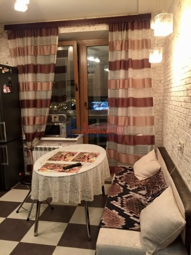 2-комнатная квартира (54м2) на продажу по адресу Пулковская ул., 2— фото 4 из 17