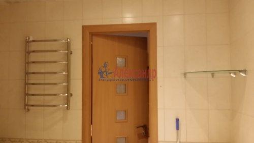 2-комнатная квартира (80м2) на продажу по адресу Руднева ул., 24— фото 6 из 11