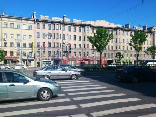 Комната в 12-комнатной квартире (220м2) на продажу по адресу Московский просп., 138— фото 5 из 6