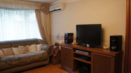 2-комнатная квартира (46м2) на продажу по адресу Маршала Тухачевского ул., 5— фото 12 из 15