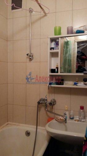 2-комнатная квартира (43м2) на продажу по адресу Тельмана ул., 32— фото 5 из 7