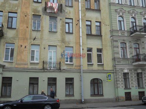 Комната в 9-комнатной квартире (240м2) на продажу по адресу Мытнинская ул., 9— фото 19 из 20