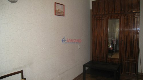 2-комнатная квартира (44м2) на продажу по адресу Кондратьевский пр., 77— фото 3 из 10