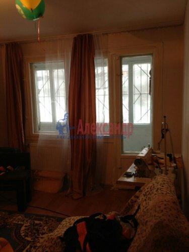 2-комнатная квартира (46м2) на продажу по адресу Генерала Симоняка ул., 7— фото 4 из 10