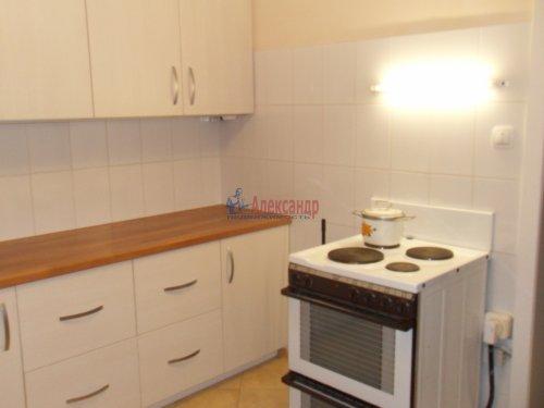 Комната в 1-комнатной квартире (137м2) на продажу по адресу Брестский бул., 9— фото 2 из 7
