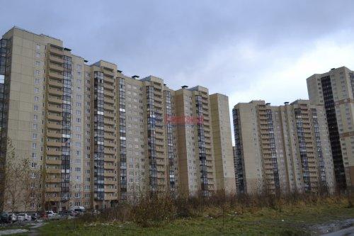 3-комнатная квартира (77м2) на продажу по адресу Маршала Казакова ул., 44— фото 2 из 37