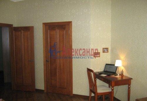 1-комнатная квартира (64м2) на продажу по адресу Новочеркасский пр., 33— фото 4 из 10