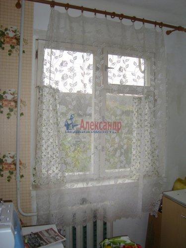 2-комнатная квартира (45м2) на продажу по адресу Скреблово пос.— фото 7 из 14