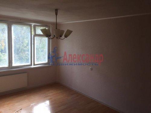 2-комнатная квартира (45м2) на продажу по адресу Шотмана ул., 18— фото 1 из 7