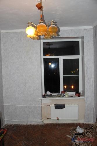4-комнатная квартира (93м2) на продажу по адресу Полярников ул., 5— фото 11 из 16