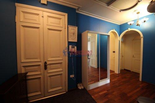 3-комнатная квартира (101м2) на продажу по адресу Конная ул., 8— фото 15 из 17