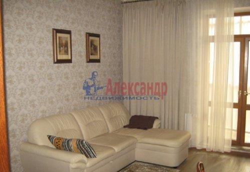 1-комнатная квартира (64м2) на продажу по адресу Новочеркасский пр., 33— фото 7 из 10