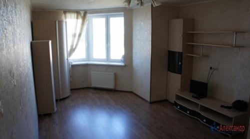 1-комнатная квартира (40м2) на продажу по адресу Караваевская ул., 28— фото 2 из 7