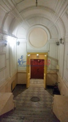 3-комнатная квартира (50м2) на продажу по адресу Писарева ул., 4— фото 2 из 10