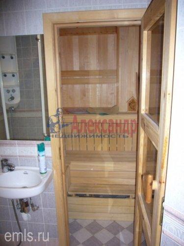 4-комнатная квартира (168м2) на продажу по адресу Кронштадт г., Аммермана ул., 15/10— фото 13 из 15