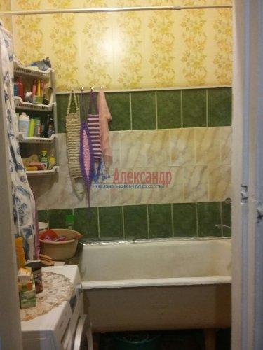 Комната в 4-комнатной квартире (94м2) на продажу по адресу Понтонный пос., Заводская ул., 3— фото 4 из 4