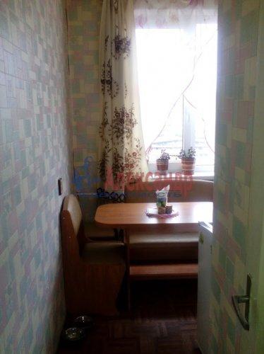 3-комнатная квартира (60м2) на продажу по адресу Кузнечное пгт., Юбилейная ул., 4— фото 5 из 7