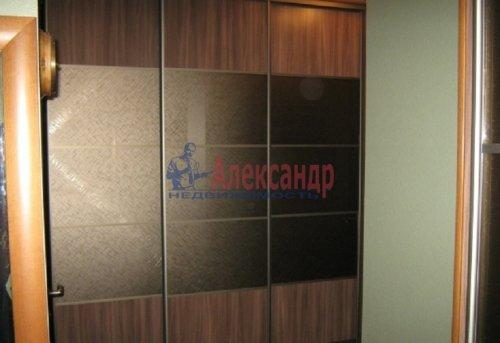 1-комнатная квартира (64м2) на продажу по адресу Новочеркасский пр., 33— фото 8 из 10