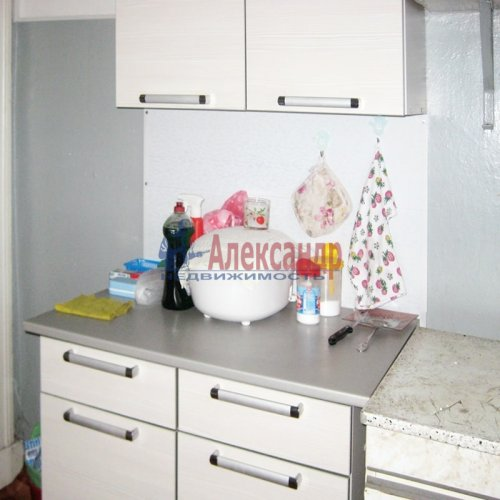 Комната в 3-комнатной квартире (75м2) на продажу по адресу Бабушкина ул., 42— фото 4 из 6