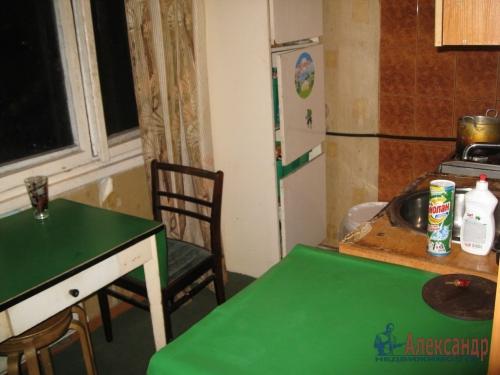 2-комнатная квартира (45м2) на продажу по адресу Антонова-Овсеенко ул., 13— фото 3 из 11