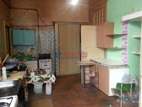 Комната в 4-комнатной квартире (160м2) на продажу по адресу Выборг г., Железнодорожная ул., 4— фото 7 из 8