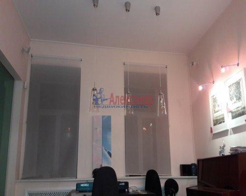 2-комнатная квартира (87м2) на продажу по адресу Шпалерная ул., 38— фото 4 из 7