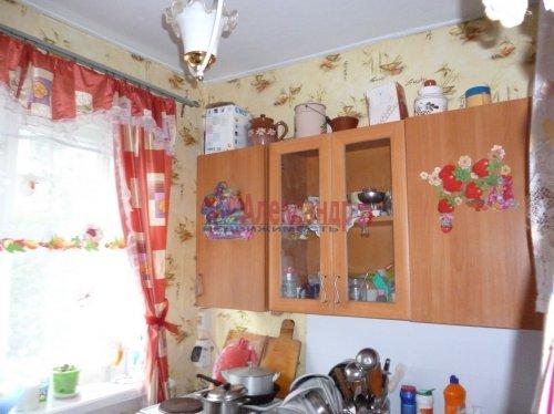 2-комнатная квартира (38м2) на продажу по адресу Подпорожье г., Исакова ул., 23— фото 1 из 5