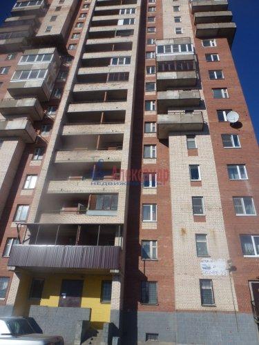 1-комнатная квартира (55м2) на продажу по адресу Шлиссельбургский пр., 49— фото 1 из 4