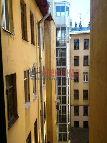 Комната в 12-комнатной квартире (220м2) на продажу по адресу Московский просп., 138— фото 6 из 6
