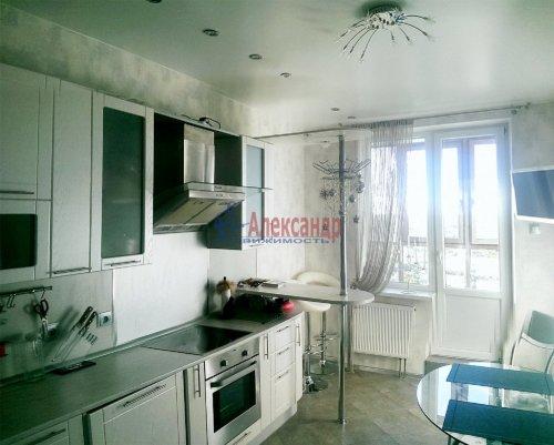 1-комнатная квартира (47м2) на продажу по адресу Комендантский пр., 53— фото 2 из 11